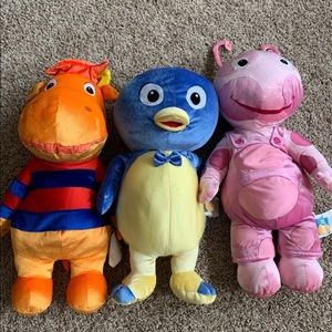 "Backyardigans plush 26"" Stuffed Animals"